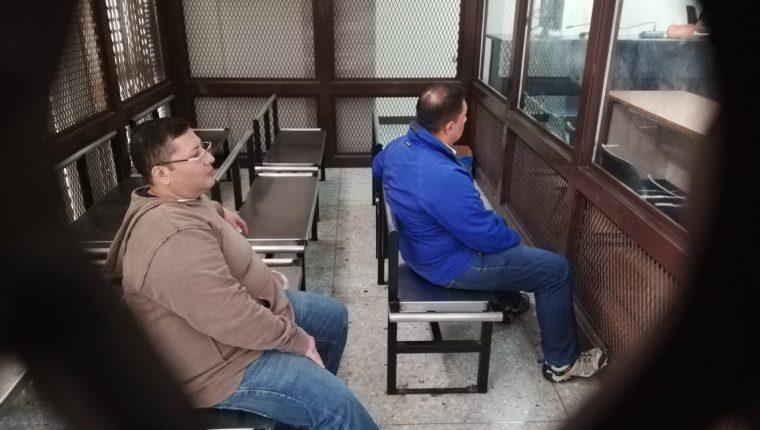 Marvin Delfino Barrios Marchena, -izquierda- y Luis Rolando Galicia Botón, durante el juicio. (Foto Prensa Libre: Hemeroteca PL)
