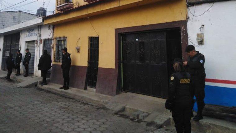 Varios de los allanamientos se llevaron a cabo en la capital. (Foto: PNC)