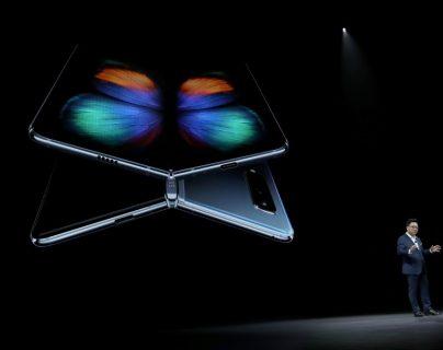 Luego de recibir críticas negativas por parte de periodistas especializados, Samsung ha decidido posponer el lanzamiento del Galaxy Fold. (Foto Prensa Libre: HemerotecaPL)