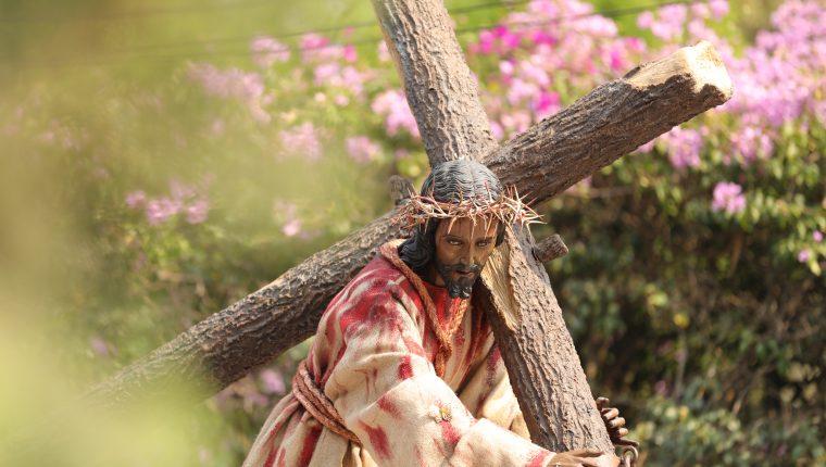 La procesión de Jesús de la Dulce Mirada de la aldea Santa Ana en Sacatepéquez se lleva a cabo el cuarto domingo de Cuaresma. Foto Prensa Libre: Jorge Ordóñez
