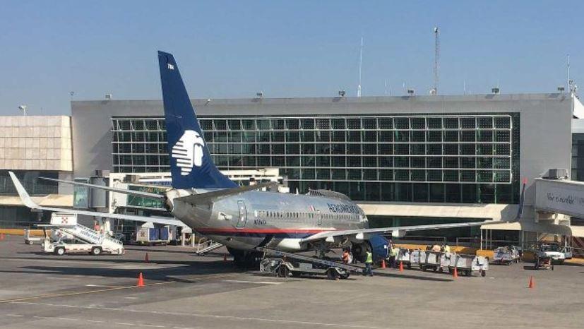 Avión de Aeroméxico en el Aeropuerto internacional de Guadalajara. (Foto Prensa   Libre: Forbes México)