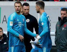El arquero del Bayern de Múnich Manuel Neuer confía jugar antes de finalizar el torneo alemán.  (Foto Prensa Libre: AFP).