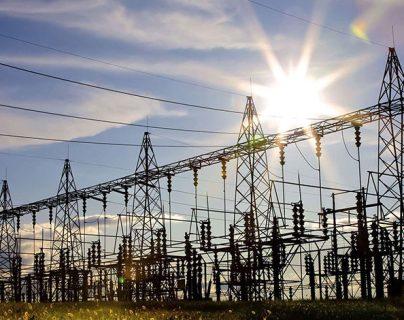 El BCIE puso a disposición desde hace dos años 120 millones de dólares para elevar las capacidades de las estaciones eléctricas centroamericanas. (Foto Prensa Libre: central-law.com)