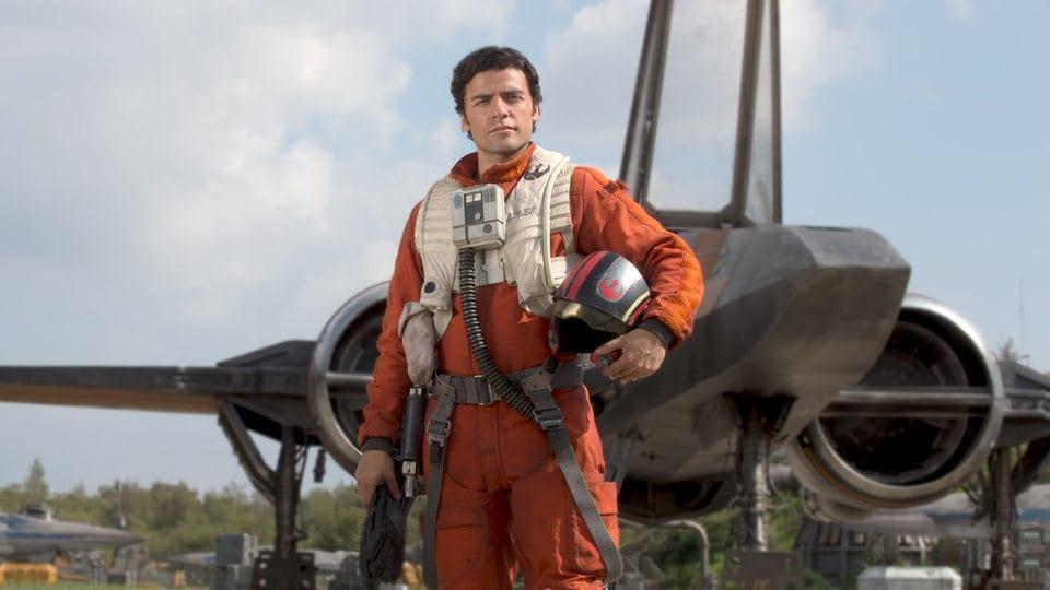 Óscar Isaac da vida a Poe Dameron, un valiente piloto de la resistencia rebelde. (Foto Prensa Libre: Starwars.com)