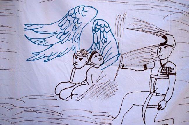 Un dibujo infantil durante una vigilia para pedir por Julen, cuando aún no había sido rescatado su cuerpo. (Foto del sitio canal10.com.uy)