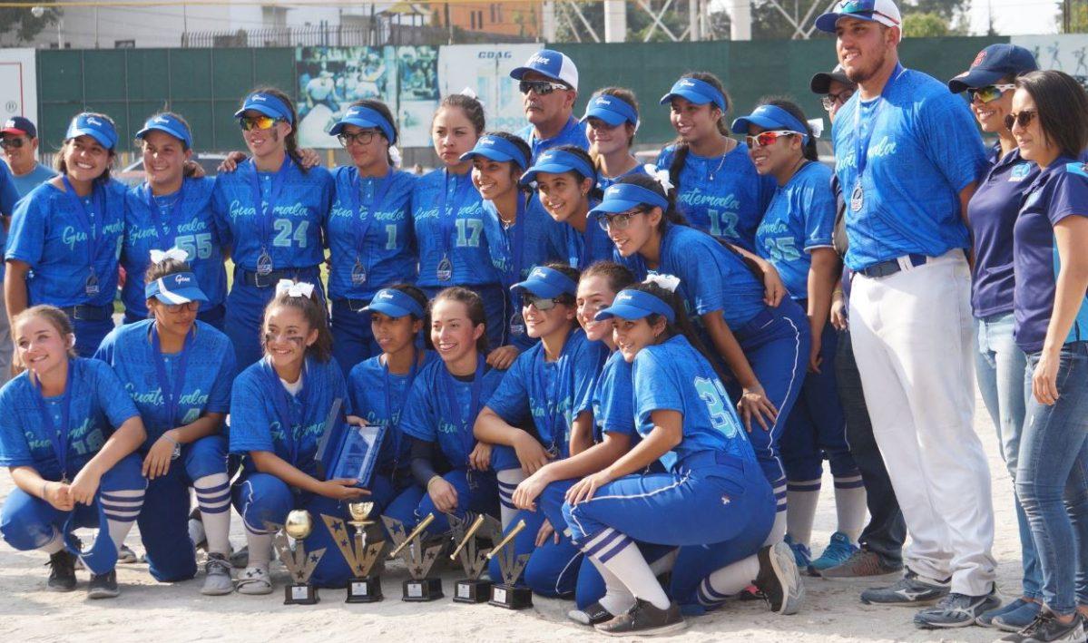 Selección Femenina de Guatemala se queda con el subcampeonato en Centroamericano de softbol