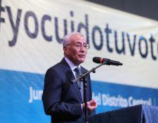 El presidente del TSE, Julio Solórzano, manifestó que el proceso electoral de este año será transparente. (Foto Prensa Libre: Esbin García)