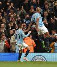 El Manchester City se encuentra a un partido de ganar el título de la Premier League. (Foto Prensa Libre: AFP)