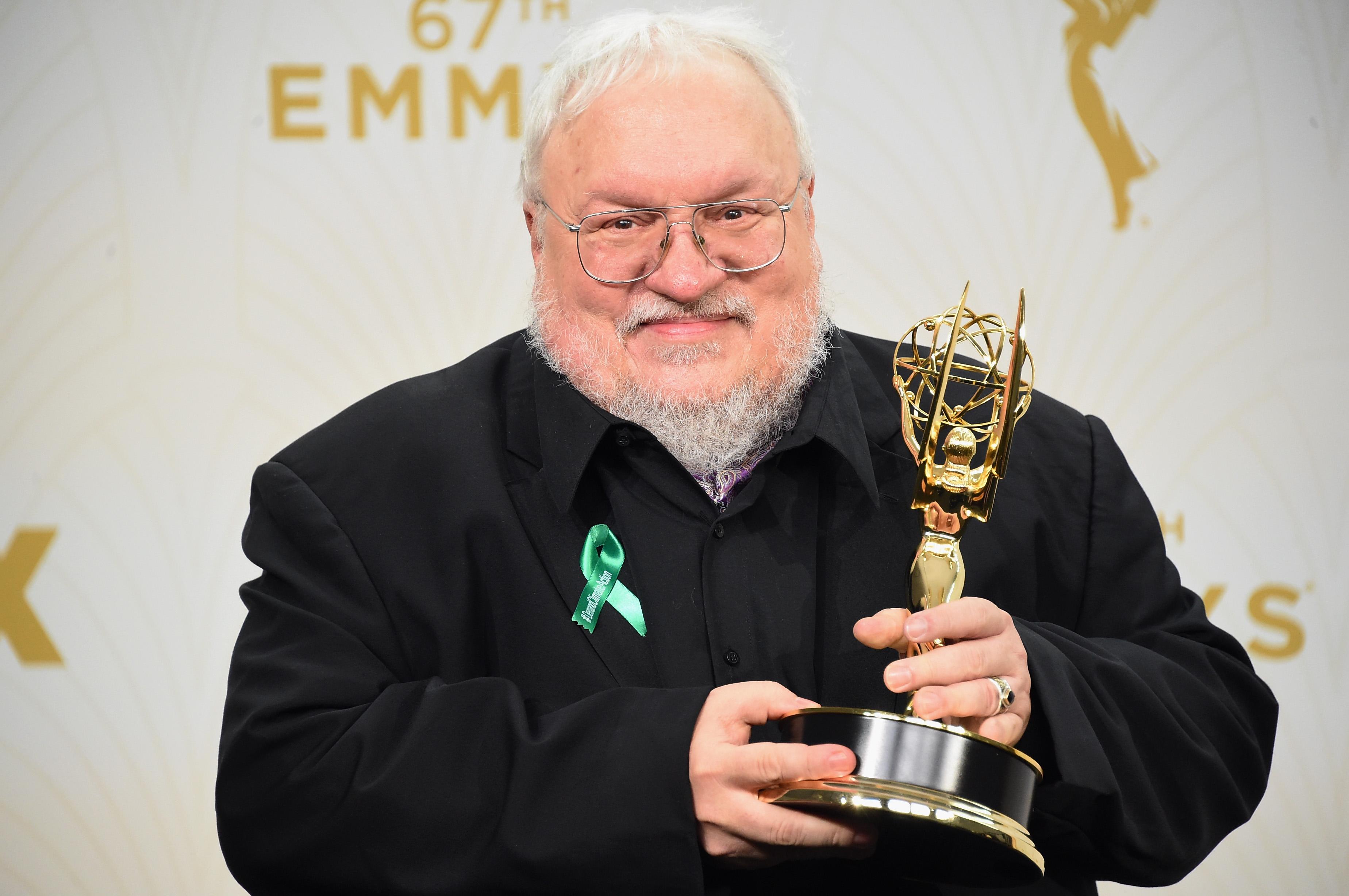 El escritor George R. R. Martin, es la mente maestra detrás del mundo de Game of Thrones. (Foto Prensa Libre: AFP)