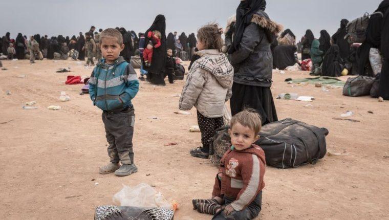 Los niños se encontraban en el campamento de Al Hol para viudas e hijos de combatientes de Estado Islámico.