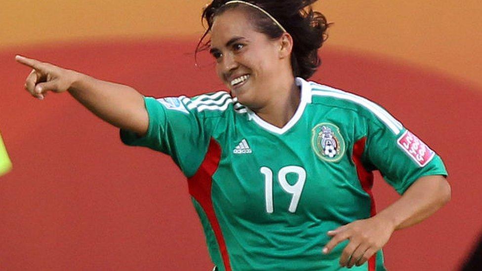 Ocampo fue elegida entre las mejores 20 jugadoras del mundo en 2006.