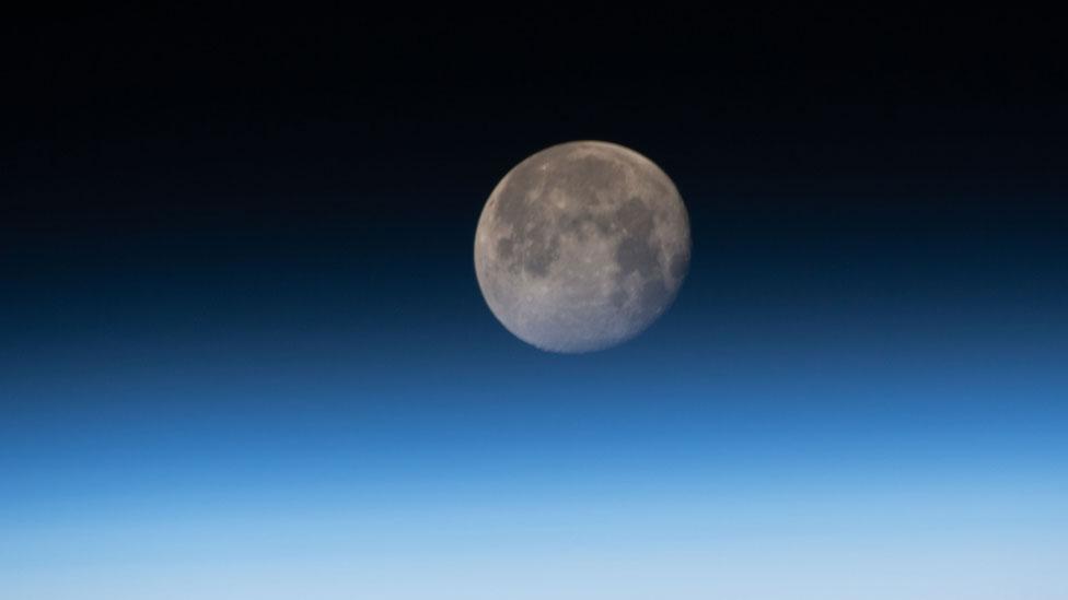 Los terremotos lunares siguen teniendo lugar a media que nuestro satélite se achica y se enfría, según la NASA.