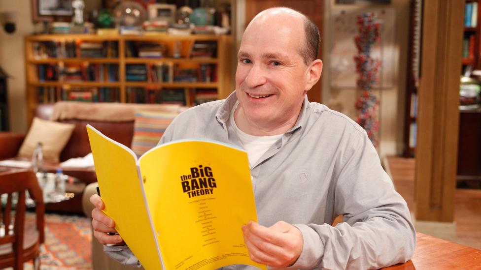Saltzberg fue el encargado de revisar todo el material científico de la serie durante 12 años.