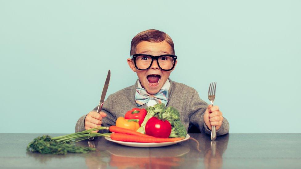 La Academia de Medicina de Bélgica desaconseja la dieta vegana para niños, embarazadas y mujeres que dan el pecho.