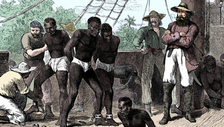 El tema de la esclavitud todavía desata intensos debates a ambas orillas del Atlántico y en determinados círculos sigue siendo tabú.