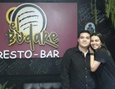 Brayan Ching y Jessica Cochrane emigraron a Lima, donde montaron un restaurante. CORTESÍA OSCAR PÉRE