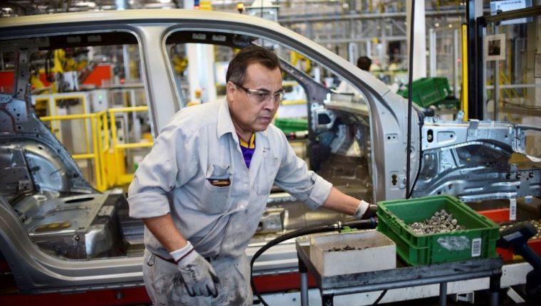 La industria automotriz representa el mayor sector de las exportaciones mexicanas.