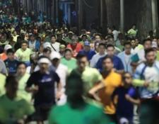 Se espera la participación de unos 10 mil corredores en la 10k nocturna en la ciudad de Guatemala. (Foto Prensa Libre: Hemeroteca PL).