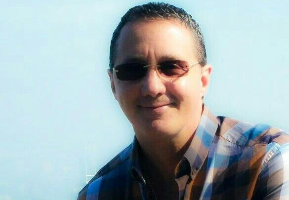 Hermano del ministro Enrique Degenhart renuncia a candidatura de la UCN