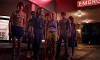 """GRAF7247. MADRID, 20/03/2019.- Fotografía facilitada por Netflix. """"Un verano puede cambiarlo todo"""". Ese es el lema del primer tráiler de la tercera temporada de """"Stranger Things"""", que llegará a Netflix el 4 de julio y cuyas primeras imágenes apuntan a un mayor contraste entre el mundo colorido de los 80 y los monstruos que llegan de las profundidades. EFE/Netflix***SOLO USO EDITORIAL***"""