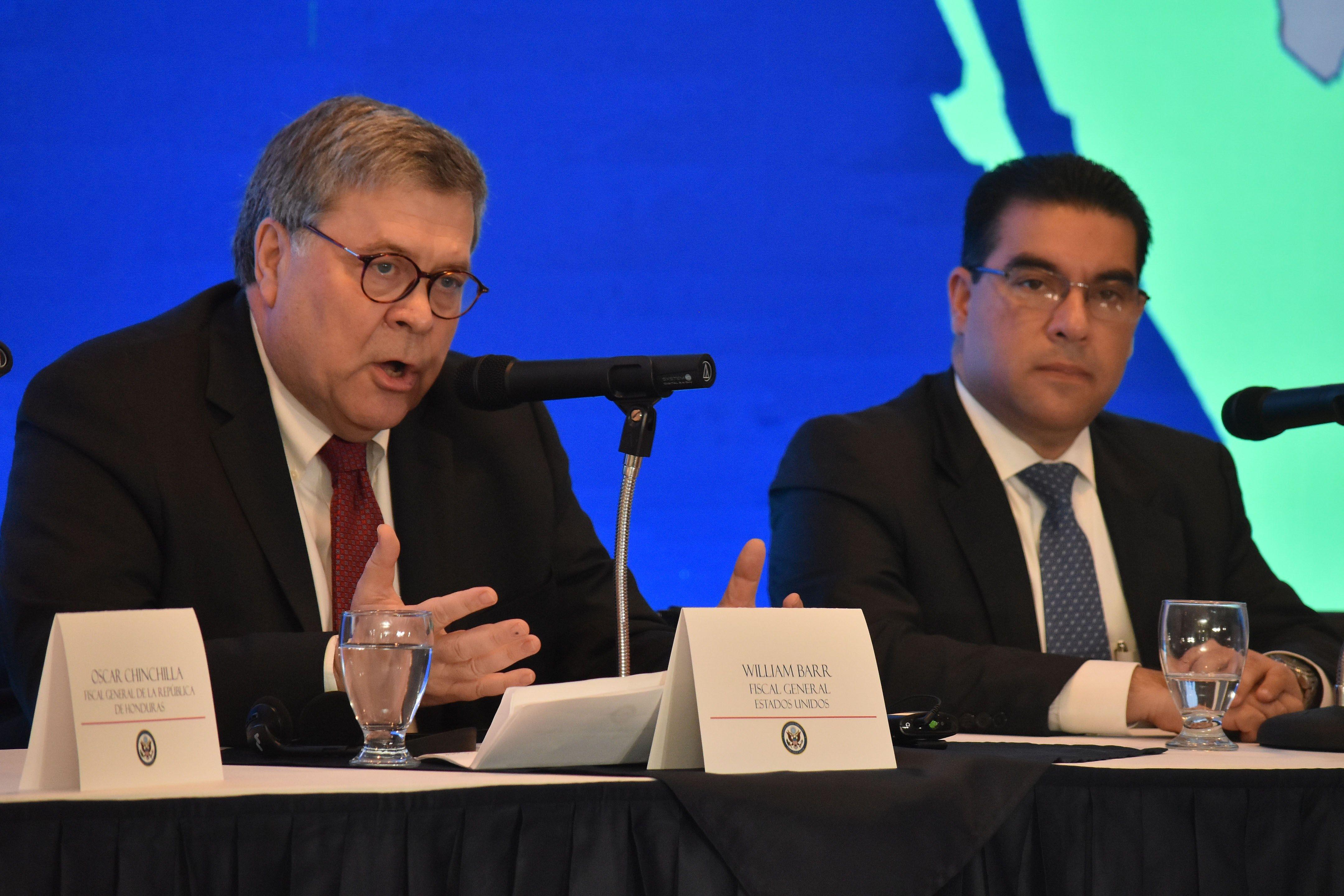 El fiscal general de los Estados Unidos, William Barr, durante una conferencia con sus homólogos de Guatemala, El Salvador y Honduras. (Foto Prensa Libre: EFE)