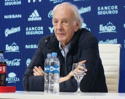 El director de selecciones nacionales y entrenador campeón el mundo en Argentina 1978, César Luis Menotti, dice que hay que disfrutar a Messi y Cristiano. (Foto Prensa Libre: EFE)