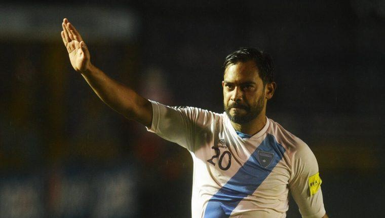 Los aficionados al futbol pedían a Carlos Ruiz para la presidencia de la Fedefut, el exjugador decidió no presentarse y considera que el tiempo le ha dado la razón. (Foto Prensa Libre: Hemeroteca PL)