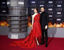Integrantes del elenco de Game of Thrones disfrutan del romance fuera de la pantalla chica. (Foto Prensa Libre: EFE)