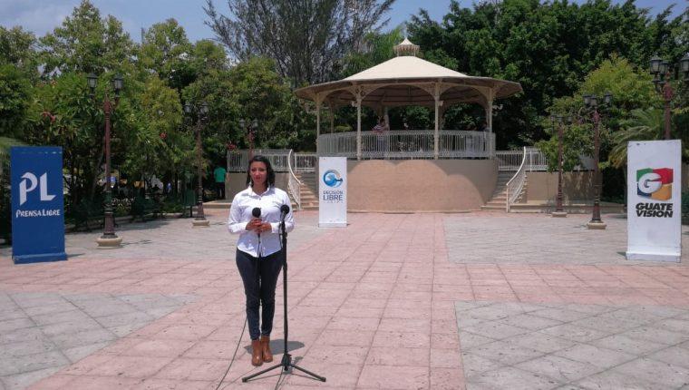 Cabildo Abierto de Prensa Libre y Noticiero Guatevisión se transmitió desde el parque central de Zacapa. (Foto Prensa Libre: Luis Machá)