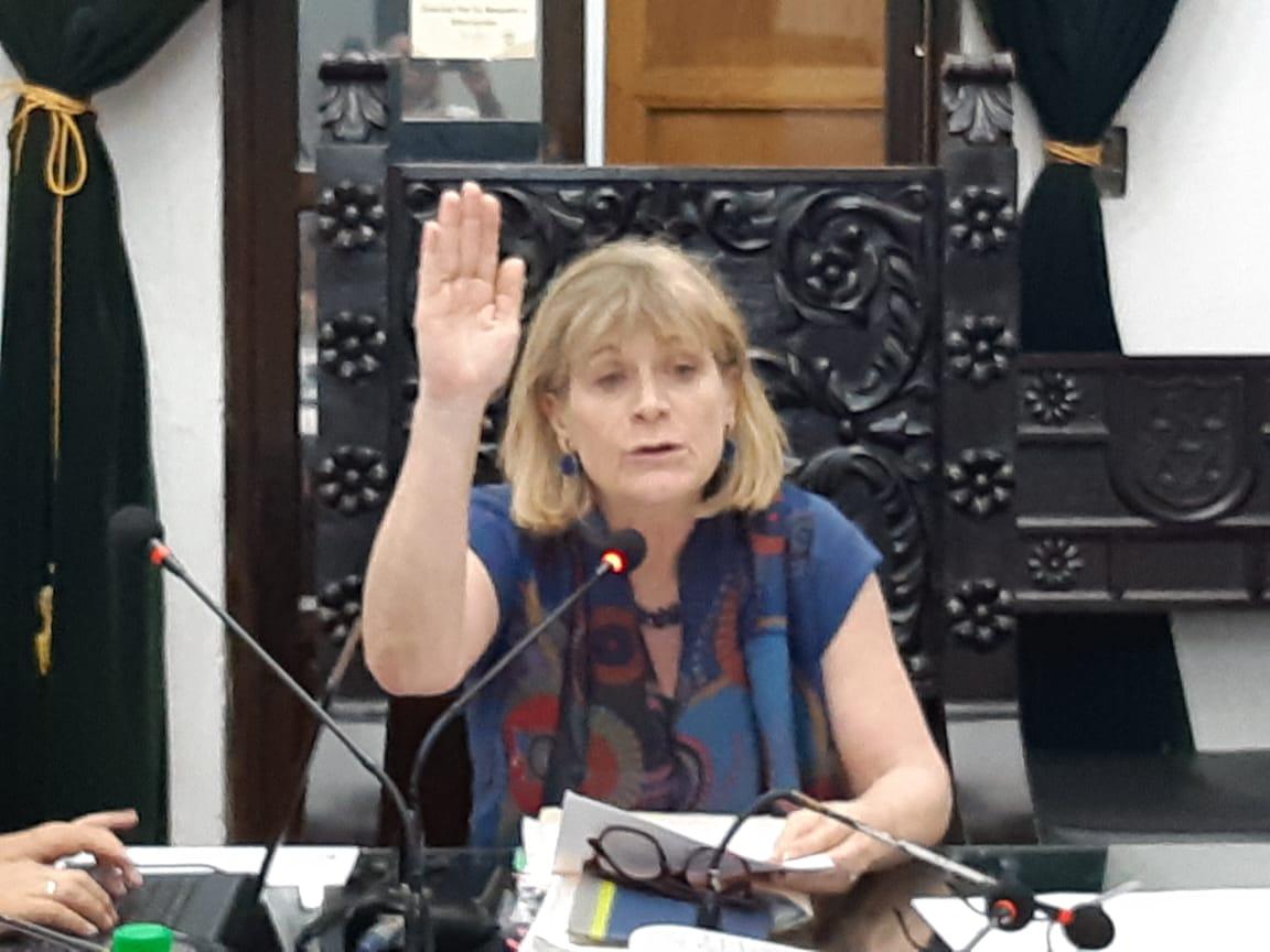 Susana Asensio, alcaldesa de Antigua Guatemala, durante la sesión del Concejo este 13 de mayo. (Foto Prensa Libre: Hemeroteca PL)