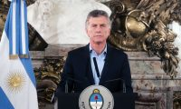 """Handout photo released by the Argentinian Presidency of Argentinian President Mauricio Macri speaks after a provincial civil servant was killed and a lawmaker injured in an attack in Buenos Aires on May 9, 2019. - Fiduciary Fund of Electric Transport of La Rioja province, Marcelo Yadon, was shot dead and national deputy Hector Olivares was severely wounded in an attack in front of the Congress building Thursday, a parliamentary source informed. (Photo by Federico MELLADO / Argentinian Presidency / AFP) / RESTRICTED TO EDITORIAL USE - MANDATORY CREDIT """"AFP PHOTO / ARGENTINIAN PRESIDENCY / FEDERICO MELLADO"""" - NO MARKETING NO ADVERTISING CAMPAIGNS - DISTRIBUTED AS A SERVICE TO CLIENTS"""