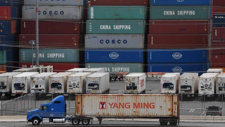 Gobiernos de China y EE. UU. han comenzado una escalada en los impuestos. (Foto Prensa Libre: AFP)