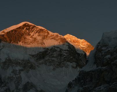 El Monte Everest se cobró dos víctimas mortales más. (Foto Prensa Libre: AFP)