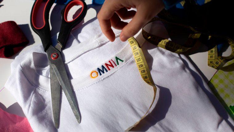 Omnia, la marca de ropa que propone libertad al vestir. (Foto Prensa Libre: AFP)