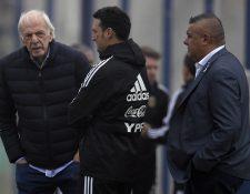 César Luis Menotti ha estado cerca de los jugadores durante la Copa América. (Foto Prensa Libre: AFP)