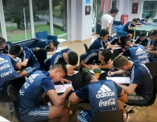 Las selecciones menores de Argentina están en una auténtica trasformación, después de un cúmulo de fracasos (Foto Prensa Libre: tomada de La Nación Argentina)