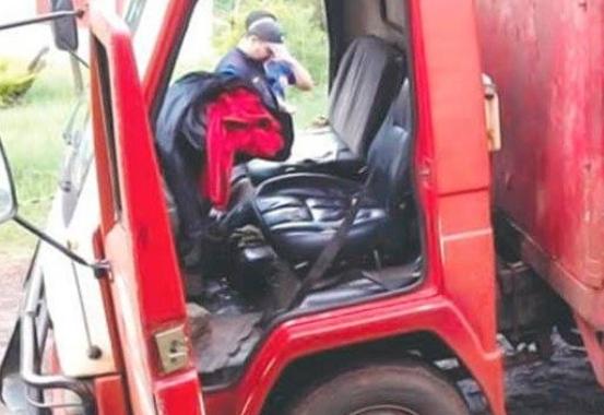 Asalto a camión repartidor deja dos muertos, según información preliminar