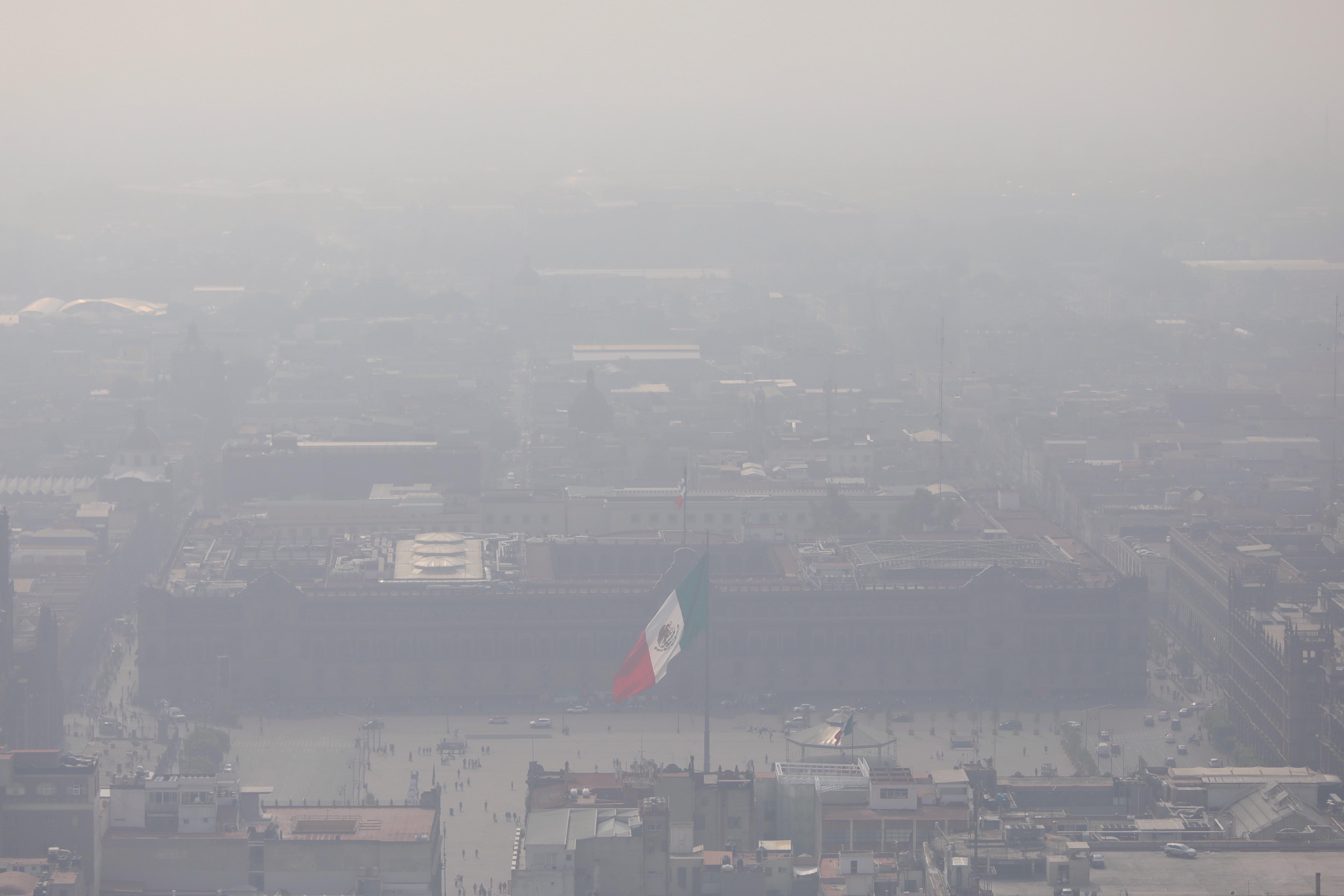 Organizaciones denuncian la falta de acción en México para reducir la contaminación. (Foto Prensa Libre: EFE)