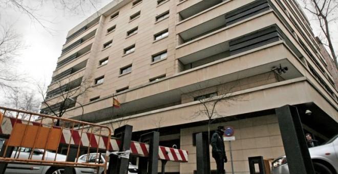 Justicia de España cita a exembajador por escándalo para evitar extradición de multimillonario Pérez Maura