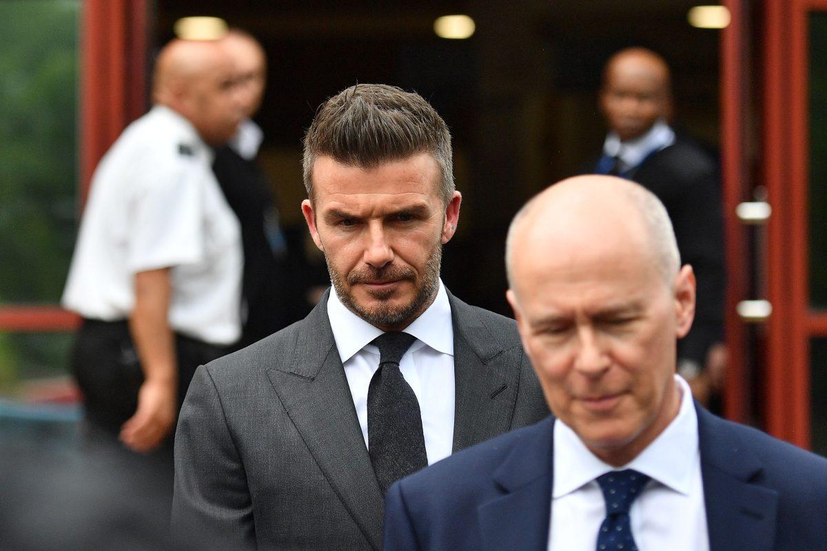 David Beckham es castigado por hablar por teléfono cuando conducía su vehículo