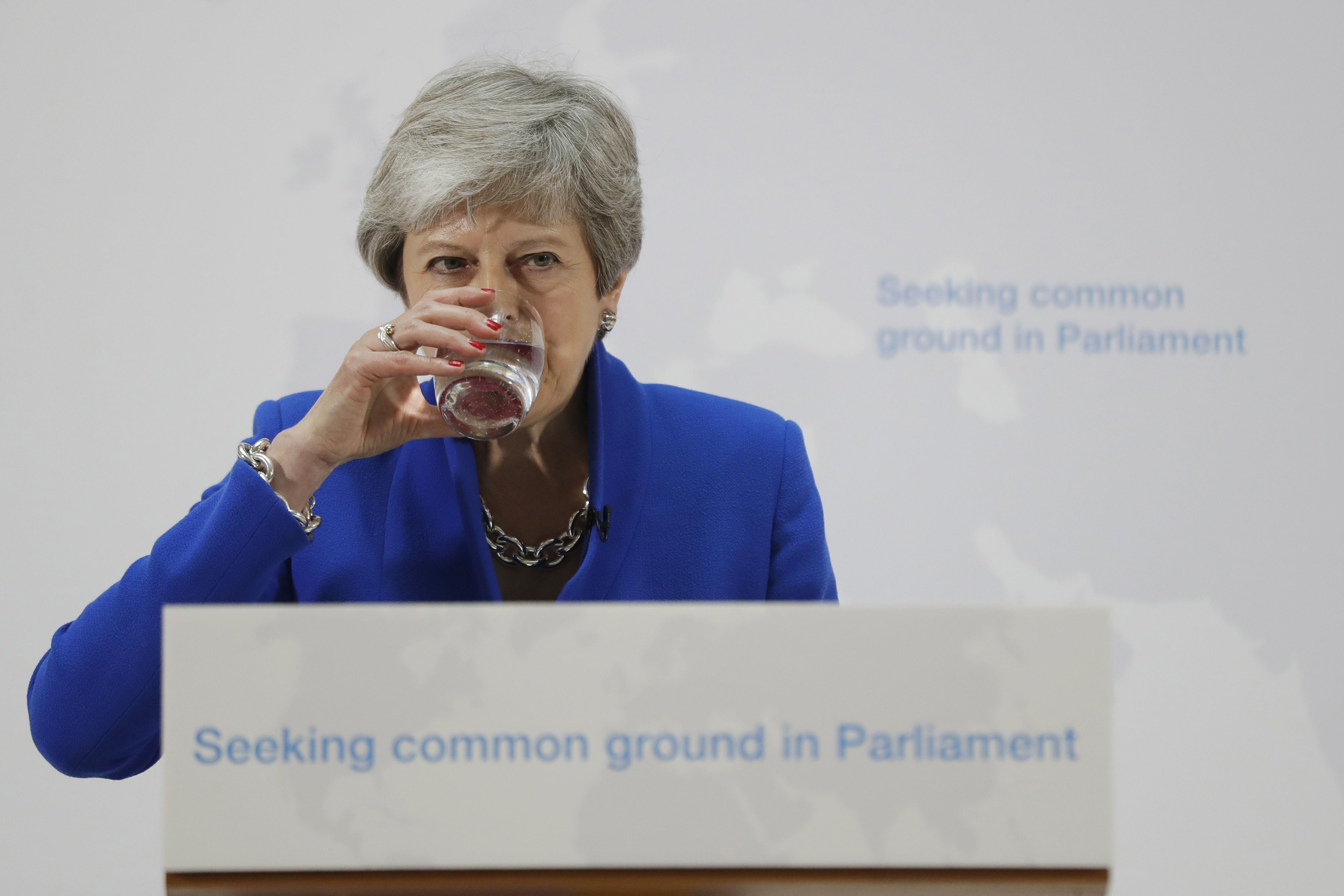Theresa May busca un segundo referendo sobre la salida del Reino Unido de la Unión Europea. (Foto Prensa Libre: AFP)