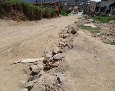 De acuerdo con el Cocode del sector el problema afecta a un mínimo de 200 vecinos.  (Foto Prensa Libre: María Longo)
