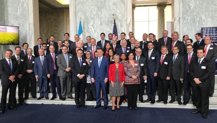 Empresarios guatemaltecos se reunieron con senadores y congresistas de Estados Unidos, donde el tema principal que se abordó fue la migración. (Foto Prensa Libre: Cortesía)