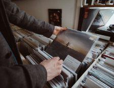 Los diámetros de los discos son de 7, 10 o 12 pulgadas, dependiendo el número de canciones que tenga cada lado.(Foto Prensa Libre: Servicios)