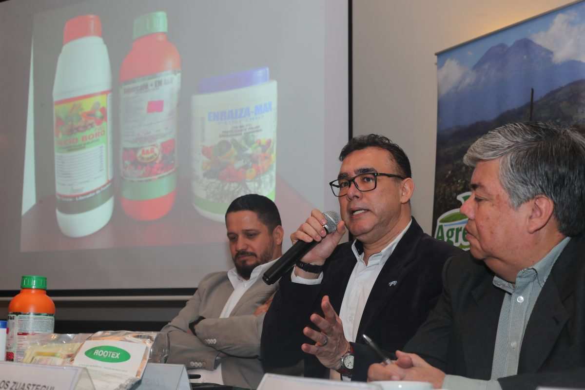 Contrabando de productos agropecuarios podría llegar a Q3 mil millones al año