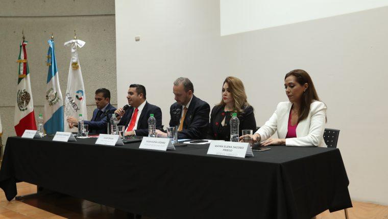 Foro de Oportunidades de Negocios con los Estados del Sureste de México se desarrolló en Guatemala con los  Secretarios de Desarrollo Económico de Chiapas, Campeche,  Quinta Roo y Tabasco. (Foto, Prensa Libre: Raúl Juárez).   Fotograf'a Raœl Ju‡rez