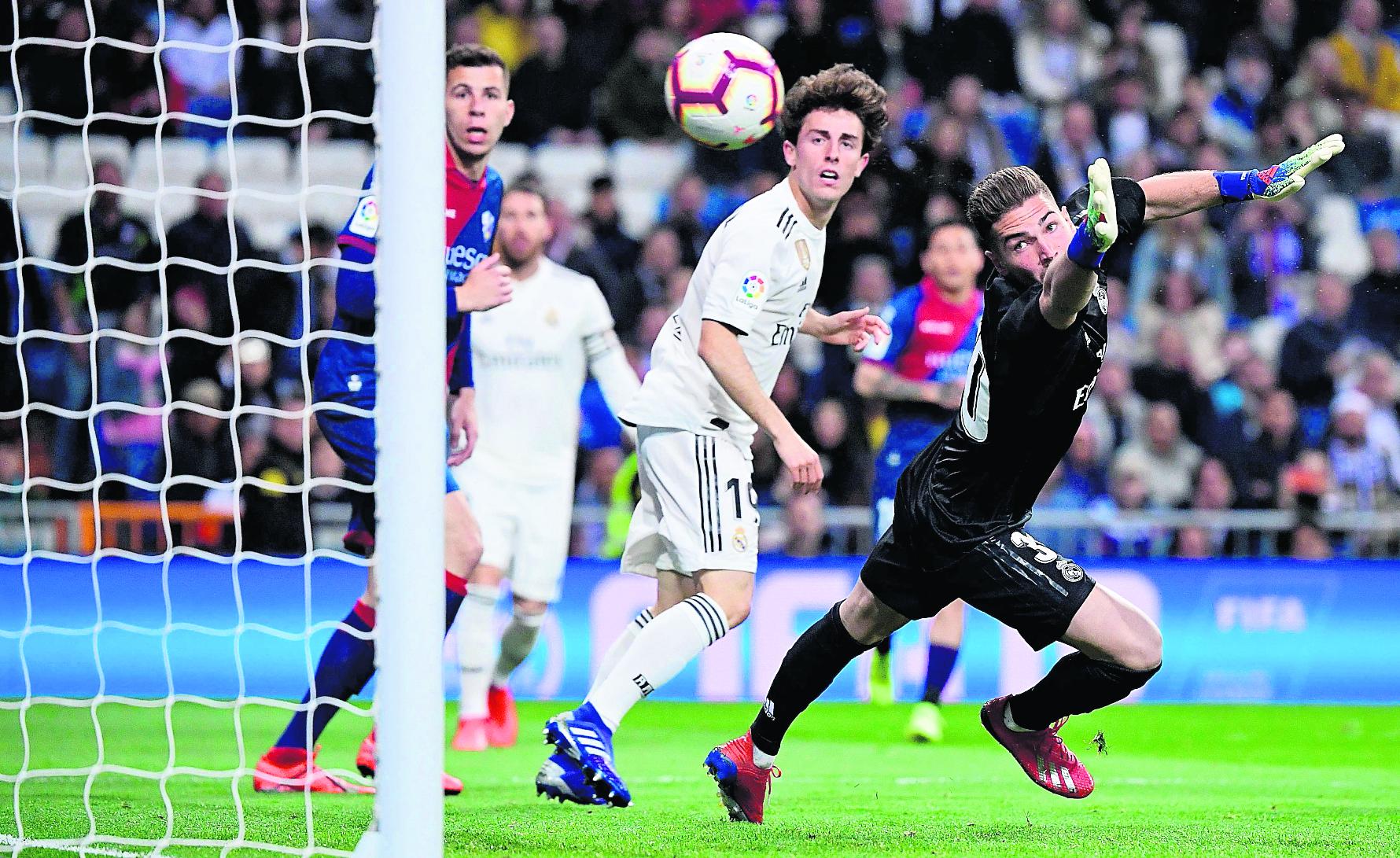 Luca Zidane ya ha debutado con el Real Madrid, aunque algunos aficionados no confían en él. (Foto Prensa Libre: Hemeroteca PL)