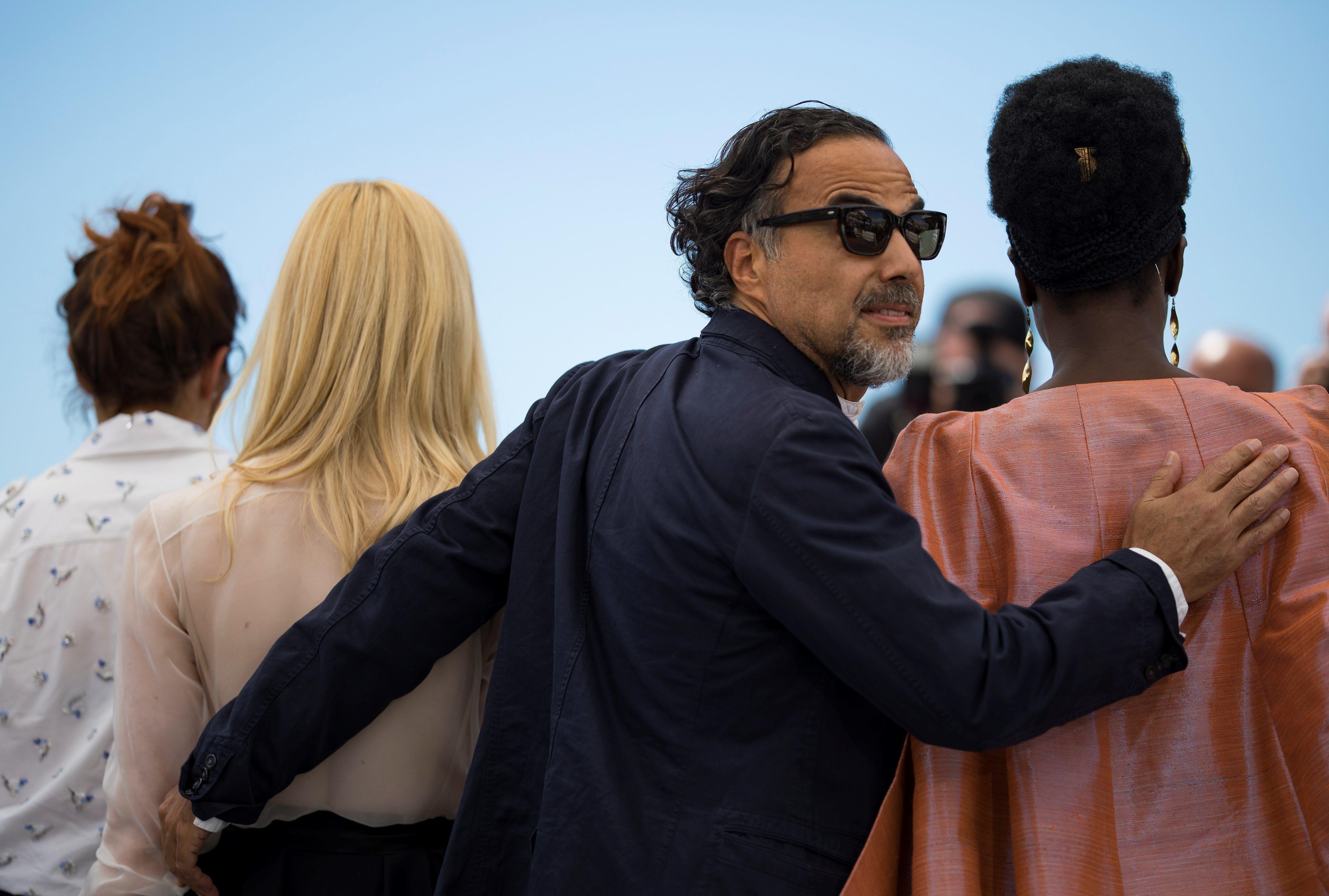 EPA6233. CANNES (FRANCIA), 14/05/2019.- El director de cine mexicano Alejandro González Iñárritu posa durante la presentación del jurado, este martes, en el Festival de Cannes. (Foto Prensa Libre: EFE)