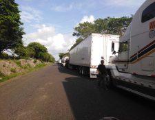 La aduana terrestre Pedro de Alvarado, Jutiapa reinició operaciones este lunes luego de permanecer cerrada por casi 24 horas, informaron las autoridades de ambos países. (Foto Prensa Libre: Hemeroteca)