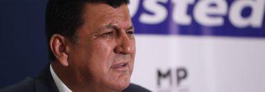 El diputado oficialista, Estuardo Galdámez, se quedará sin inmunidad en enero próximo. (Foto Prensa Libre: Hemeroteca PL)